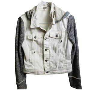 FREE PEOPLE DISTRESSED HOODED WHITE/GRAY JEAN JACKET